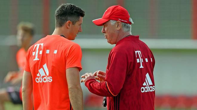 Robert Lewandowski und Carlo Ancelotti beim FC Bayern