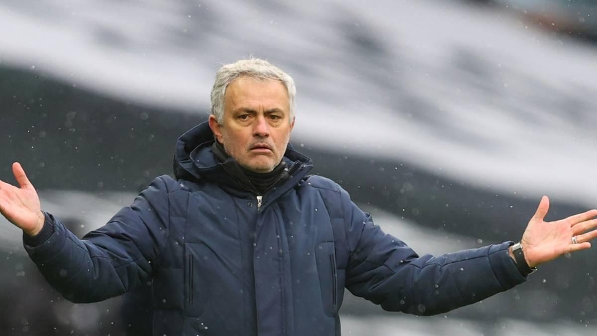 Derby-Pleite: Mourinhos Negativserie hält an