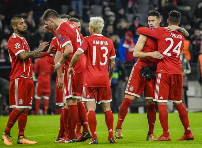 Geschafft! Der FC Bayern erreicht auch im zehnten Jahr hintereinander die K.o.-Phase in der Champions League, auch wenn es trotz des 3:1-Sieges gegen Paris Saint-Germain nicht mehr zum Gruppensieg reichte