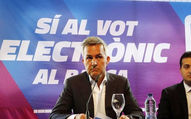 Víctor Font (l.) gilt als einer der Favoriten auf den Präsidentschaftsposten