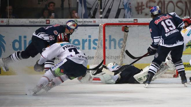 Am letzten Gruppenspieltag der Eishockey Champions Hockey League sind die Münchner bei Färjestad Karlstad gefordert