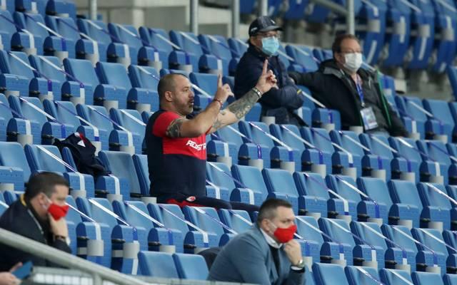 Belgrad-Trainer Dejan Stankovic wurde vom Schiedsrichter auf die Tribüne verbannt