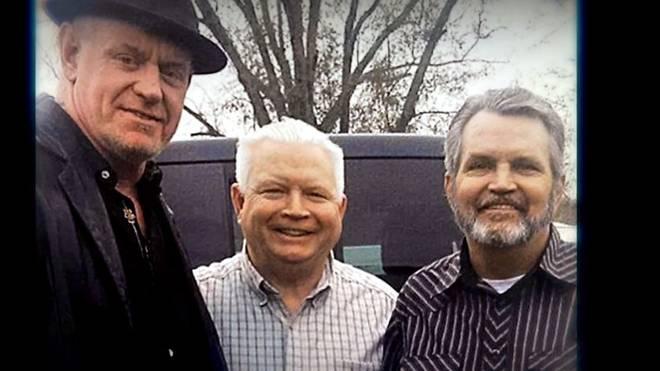 Tim Calaway (r.), Bruder des Undertaker, starb im März
