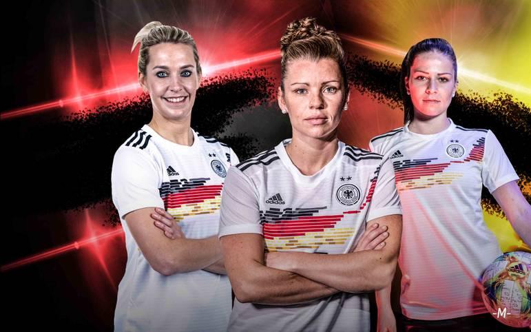 Bundestrainerin Martina Voss-Tecklenburg will die deutsche Frauen-Nationalmannschaft nach 2003 und 2007 zum dritten WM-Titel führen. Im Kader für die Weltmeisterschaft in Frankreich setzt sie neben bewährten Nationalspielerinnen auch auf einige Überraschungen. SPORT1 zeigt das DFB-Aufgebot für die Frauen-WM 2019.