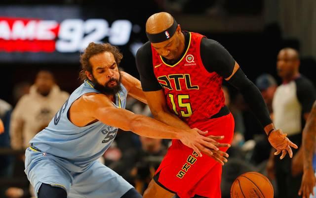 Joakim Noah (l.) schließt sich offenbar den Los Angeles Clippers an