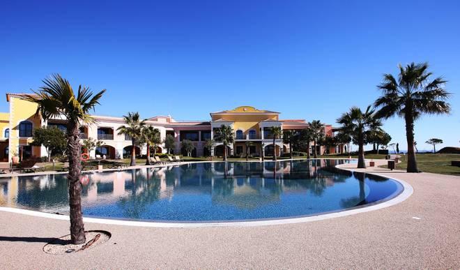 Das Cascade Wellness & Lifestyle Resort liegt direkt an der Algarve-Küste