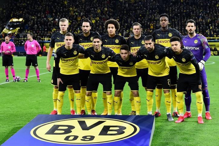 Der BVB hat sich im Achtelfinal-Hinspiel gegen die Millionen-Truppe von PSG mit 2:1 durchgesetzt. Die Dortmunder belohnten sich dank des Doppelpacks von Erling Haaland für einen starken Auftritt. Die Einzelkritik...