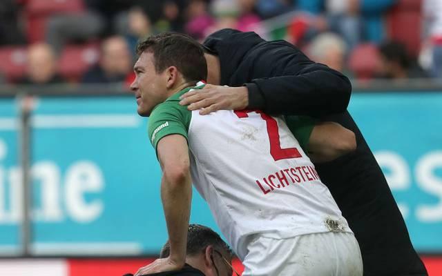 Stephan Lichtsteiner verletzte sich gegen Freiburg am rechten Knie