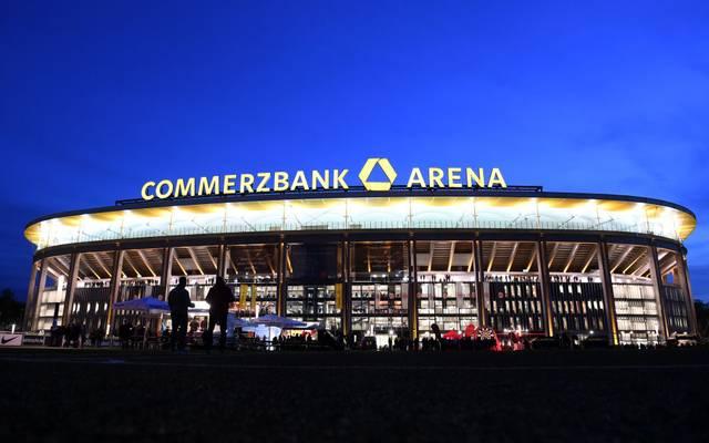 In der Commerzbank Arena wird es während dem Spiel kein flächendeckendes WLAN geben