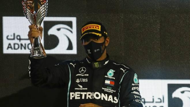 Lewis Hamilton wird zum Ritter geschlagen