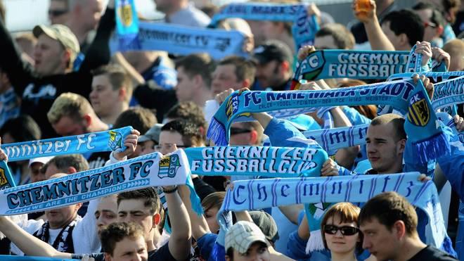 Die Fans des Chemnitzer FC unterstützen ihren Verein finanziell