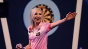 Fallon Sherrock will auch bei der unibet Premier League Darts für Furore sorgen