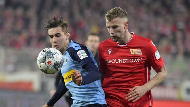 Florian Neuhaus (l.) verlängerte kürzlich seinen Vertrag mit Gladbach