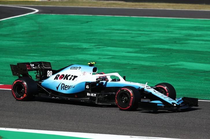Das letzte Formel-1-Cockpit ist vergeben! Beim hinterherfahrenden Rennstall Williams gab es für 2020 noch ein freies Cockpit, doch das Team gab dem bisherigen Formel-2-Piloten Nicholas Latifi aus Kanada eine Chance. Der 24-Jährige ersetzt bei Williams den Polen Robert Kubica und bildet mit dem Engländer George Russell (21) nun ein junges Fahrerduo