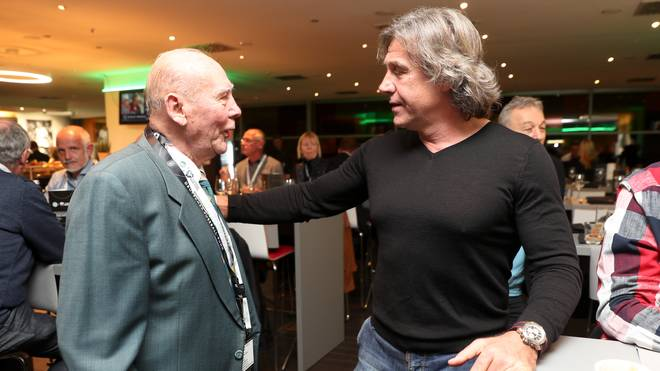 Gerald Ehrmann (r.) bei einem Treffen mit dem einstigen FCK-Stürmer Horst Eckel 2017