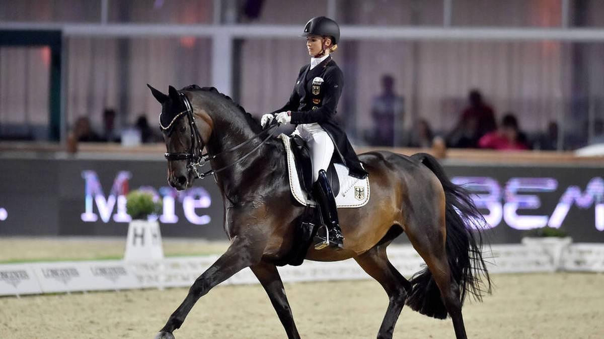 Jessica von Bredow-Werndl holte ihr zweites Gold