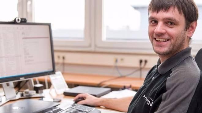 Mario Skobowsky sorgt für einen reibungslosen IT-Betrieb