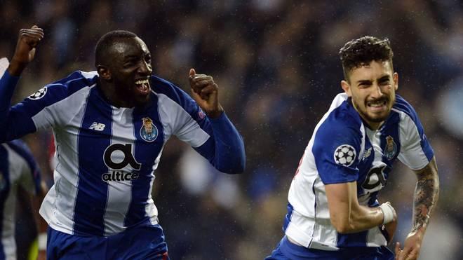 Champions League: Alex Telles (r.) versenkte den entscheidenden Elfmeter in der Verlängerung für den FC Porto