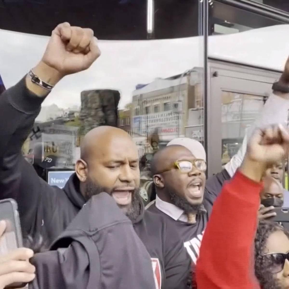 Ausschreitungen! Fans protestieren für Kyrie Irving