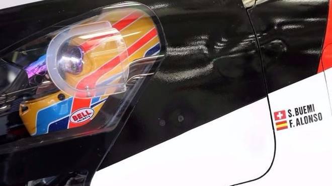 Fernando Alonso verbrachte den gesamten Testtag am Steuer des Toyota TS050