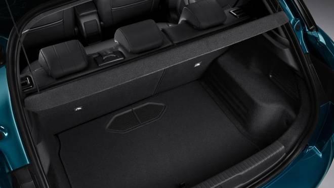 Der Kofferraum hat ein Fassungsvermögen von 350 bis 1050 Liter