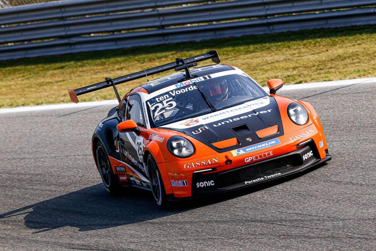 Larry Ten Voorde hat am Samstag seinen Titel beim Porsche Carrera Cup vorzeitig verteidigt. Verfolger Güven wird am Hockenheimring nur siebter.