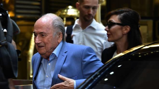 Sepp Blatter will sich offenbar zur WM-Vergabe an Katar äußern