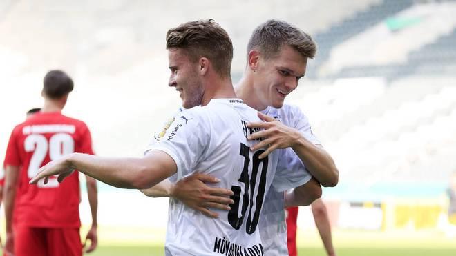 Nico Elvedi bleibt der Borussia treu