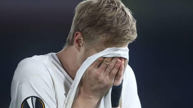 Bitteres Europa-League-Halbfinale: Martin Hinteregger nach seinem Fehlschuss im Elfmeterschießen gegen Chelsea