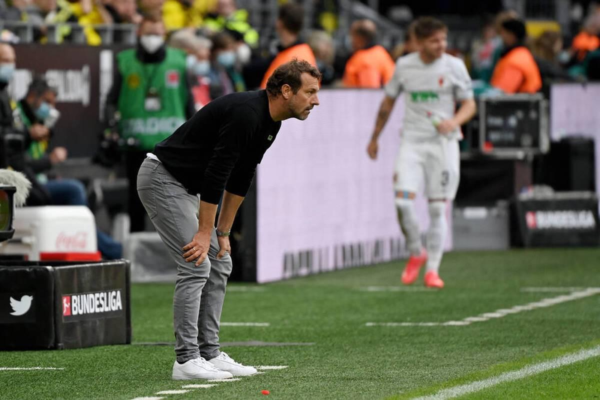 Der FC Augsburg befindet sich in einer schwierigen Phase. Öffentlich gibt es Kritik vom eigenen Klubboss - jetzt soll gegen den FSV Mainz ein Sieg her.