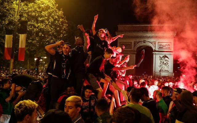 Bei den Siegesfeiern algerischer Fans gab es in Frankreich über 200 Festnahmen
