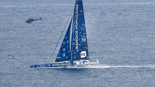 Armel Le Cleac'h ist mit seiner Yacht bei der Route du Rhum gekentert