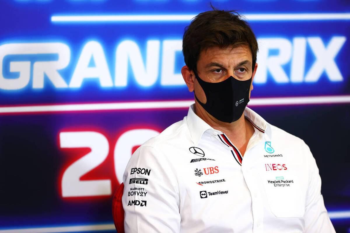 Nach Max Verstappens Sieg beim GP der USA verneigt sich selbst der Mercedes-Boss vor Red Bull. Mick Schumacher hat Spaß. Die Stimmen zum Rennen.
