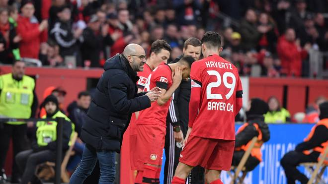 Peter Bosz (l.) plant mit Kai Havertz für die Europa League