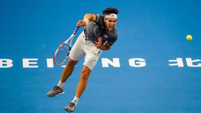 Dominic Thiem bezwingt Stefanos Tsitsipas im Finale der ATP-Tour