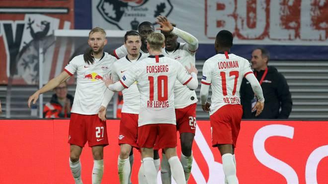 Marcel Sabitzer und seine Kollegen von RB Leipzig bejubeln einen Treffer gegen St. Petersburg