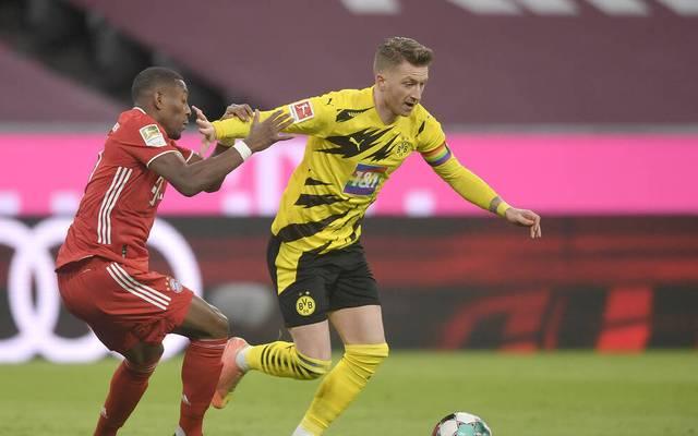 Marco Reus (r.) trug gegen den FC Bayern eine Regenbogen-Kapitänsbinde