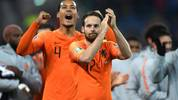 BELFAST, NORTHERN IRELAND - NOVEMBER 16: Daley Blind of Netherlands and Virgil van Dijk of Netherlands celebrates following their sides draw in the UEFA Euro 2020 Group C Qualifier match between Northern Ireland and Netherlands at Windsor Park on November 16, 2019 in Belfast, Northern Ireland. (Photo by Mike Hewitt/Getty Images)