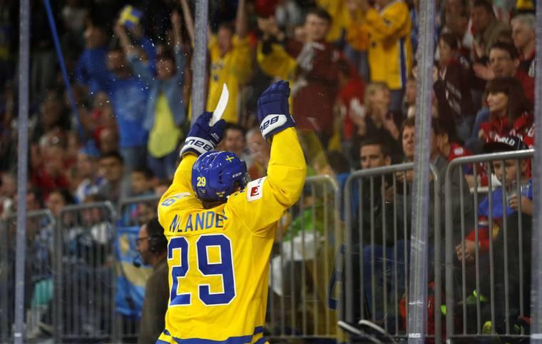 Im Finale der WM in Köln kämpfen die Eishockey-Schwergewichte Kanada und Schweden zum ersten Mal seit 2004 im direkten Duell um den Weltmeistertitel (ab 20.30 Uhr LIVE auf SPORT1). SPORT1 stellt die größten Stars der beiden Mannschaften vor