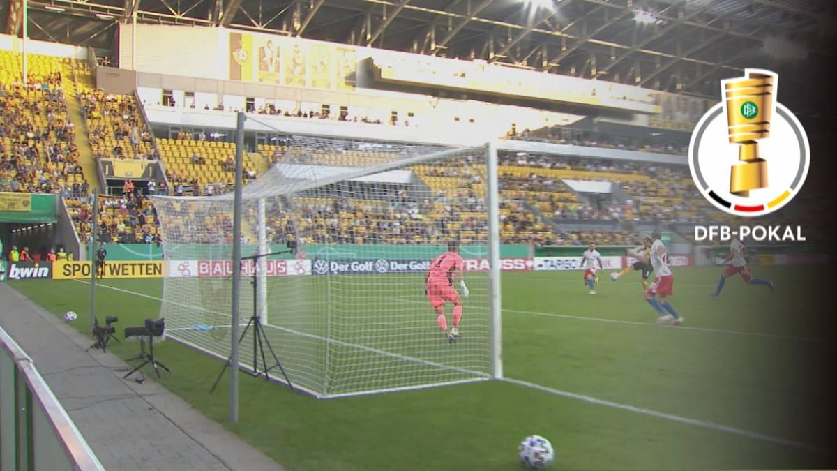 Der Hamburger SV ist krachend aus dem DFB-Pokal geflogen. Die Norddeutschen verloren in der ersten Runde bei Dynamo Dresden und bescherten dem neuen Coach Daniel Thioune somit ein völlig verpatztes Pflichtspiel-Debüt.
