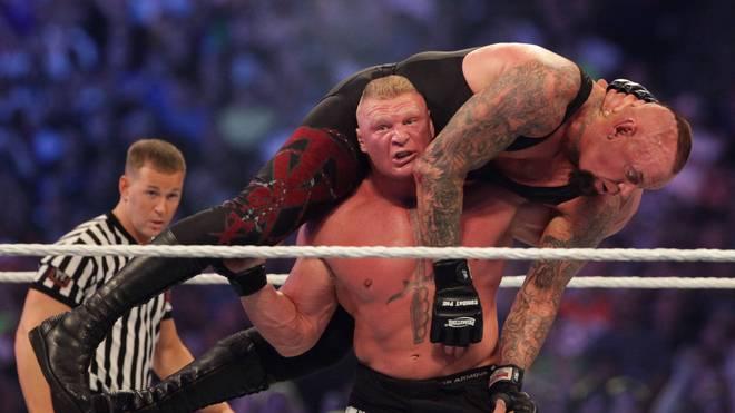 Brock Lesnar beendet bei WrestleMania XXX die Siegesserie des Undertaker mit dem F5 WWE