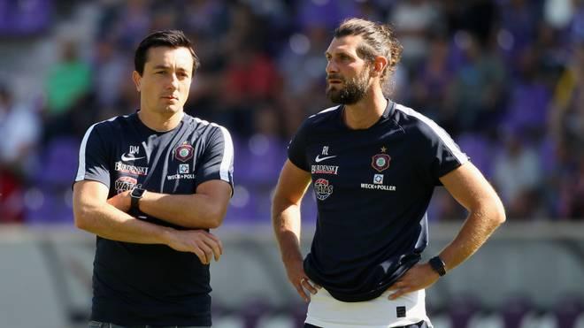 Robin Lenk (r.) ist nicht länger Co-Trainer von Erzgebirge Aue