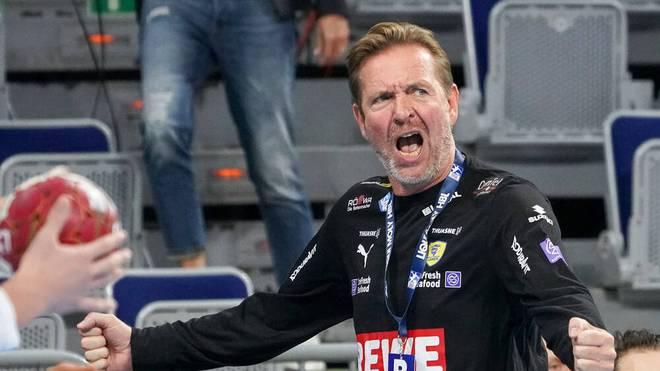 Martin Schwalb soll noch länger Trainer der Löwen bleiben