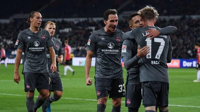Der 1. FC Nürnberg feiert einen deutlichen Sieg bei Hannover 96