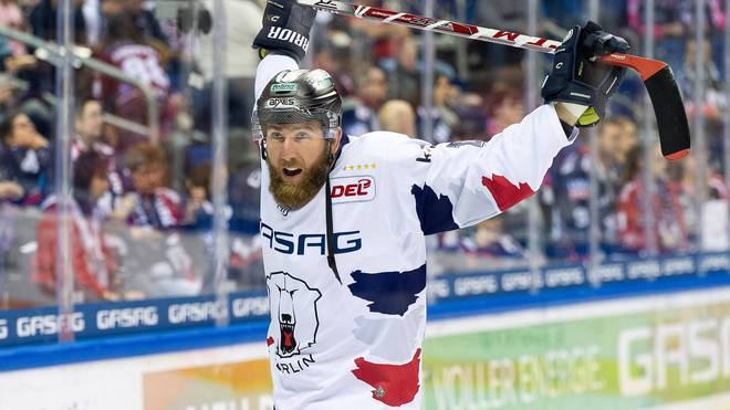 Pierre-Cedric Labrie spielt seit 2019 für die Eisbären Berlin