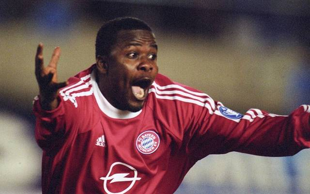 Samuel Kuffour erzielt im Weltpokalfinale in Tokio 2001 das Siegtor