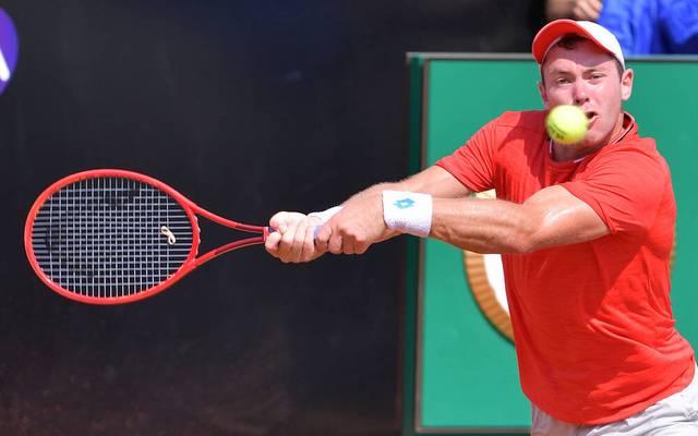 Dominik Koepfer (Foto) besiegt beim ATP-Masters in Rom den Franzosen Gael Monfils und zieht ins Achtelfinale ein