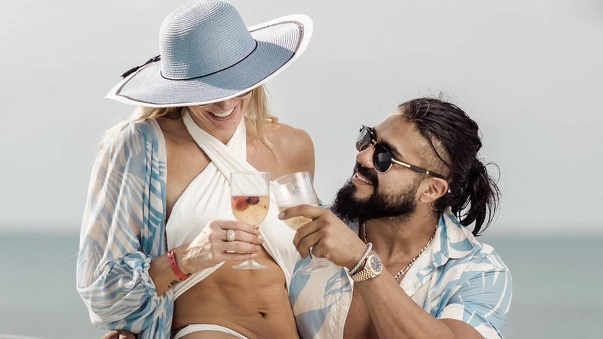 Charlotte Flair ist mit Andrade El Idolo verlobt