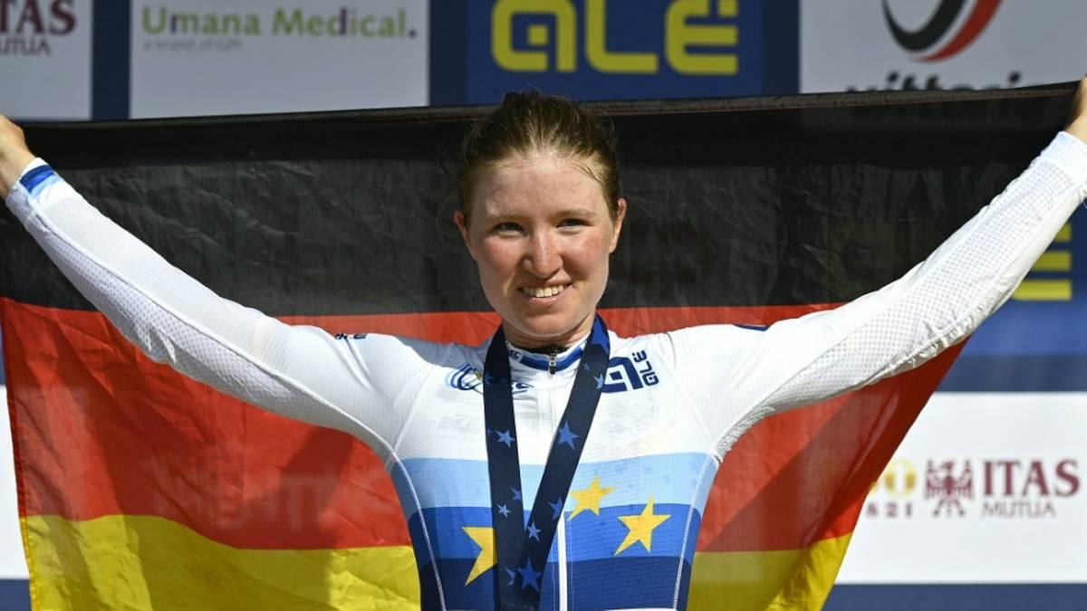 Nächste Medaille für Deutschland! Juniorin Riedmann jubelt
