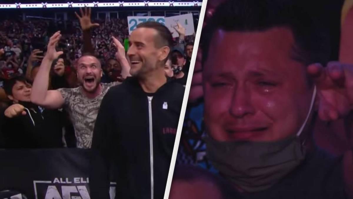 Das Wrestling-Comeback des Jahrzehnts im Video: Bei AEW Rampage bringt Rückkehrer CM Punk die Halle zum Explodieren und einzelne Fans sogar zum Weinen. Sein Einmarsch in voller Länge.
